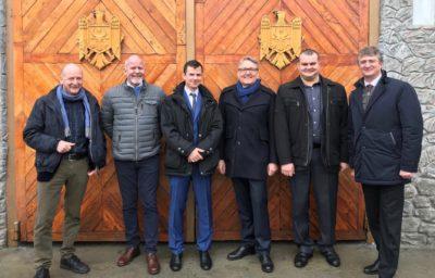 fra venstre: Terje Turøy og Rune Hafstad fra Phoenix Haga, Robert Teltzrow og Thomas Kattau fra Pompidougruppen, Vlad Busmachiu fra DPI Moldova og Mr. Monteanu Viseminister i justisdepartementet i Moldova